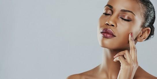 Comment maquiller vos sourcils pour affiner votre visage?