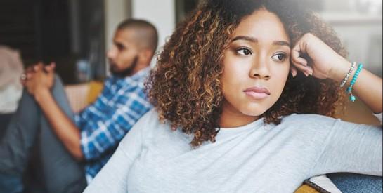 Souffrance, fatigue, distraction : comment les violences conjugales impactent le monde du travail