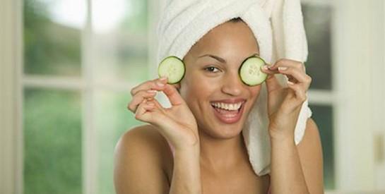 Comment utiliser le concombre pour une peau douce, reposée et belle?