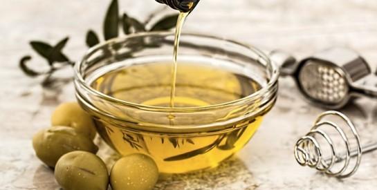 5 raisons peu connues d`avoir de l`huile d`olive sur sa table