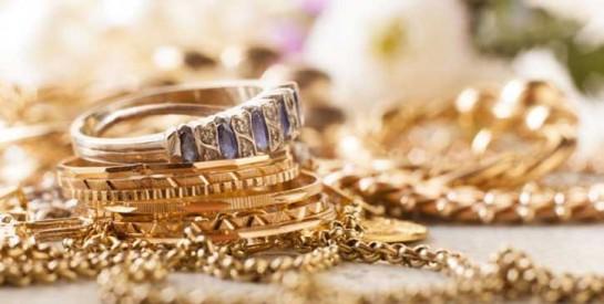 Pour faire briller vos bijoux en or, voici une astuce géniale : la bière