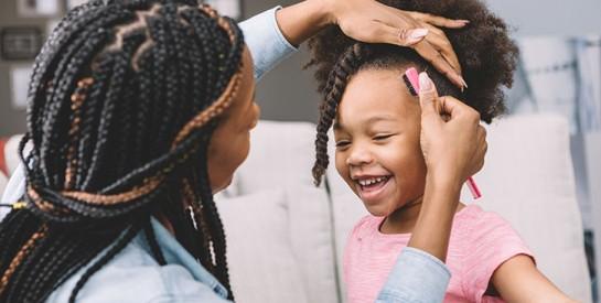 Enfant : 5 Astuces pour entretenir ses cheveux crépus