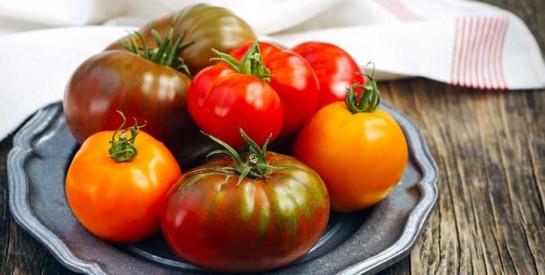 Covid-19: faut-il laver ses fruits et légumes au savon?