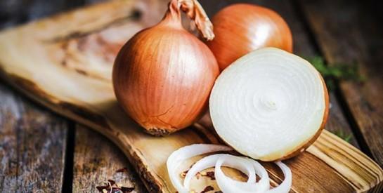 4 astuces simples et très utiles à faire avec l`oignon à la maison