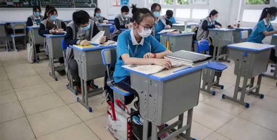 Coronavirus: rentrée sous surveillance des lycéens à Wuhan, premier foyer de la pandémie