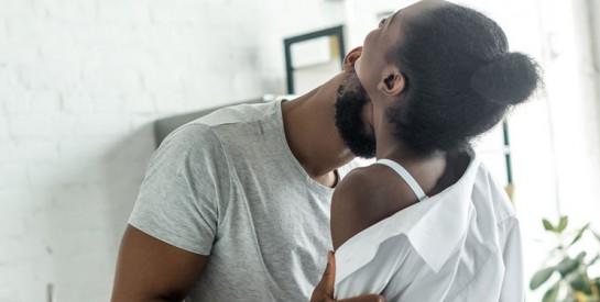 6 positions idéales pour faire l'amour debout