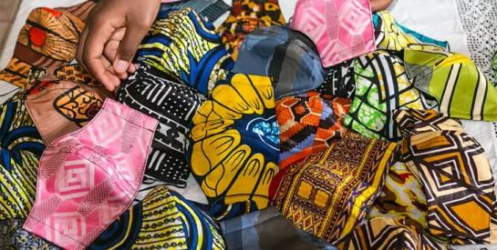 Cameroun: les arrestations de bénévoles distribuant des masques continuent