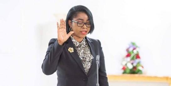 Mme Rose Christiane Ossouka Raponda nommée Premier ministre, première femme chef du gouvernement gabonais