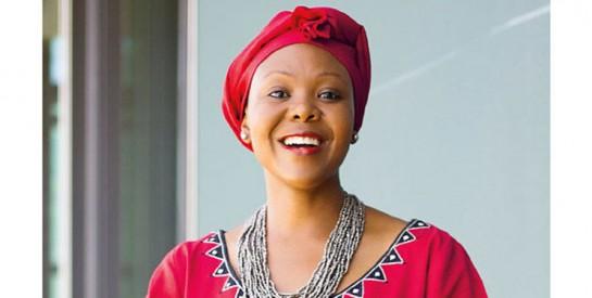 Elsie Kanza : Biographie et histoire de réussite d'une puissante dirigeante africaine