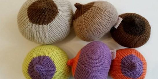 Elles tricotent des prothèses mammaires pour les femmes touchées par le cancer du sein
