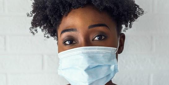 Masques: quelques conseils utiles pour éviter l'acné et les points noirs