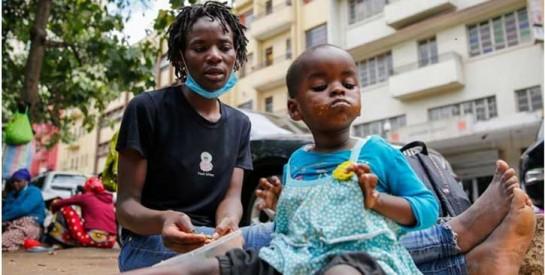 Ces bébés en vente sur le marché noir à Nairobi