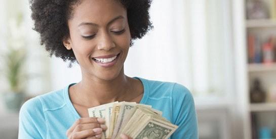 Je suis trop dépensière : comment faire ?