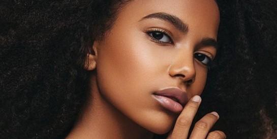 Comment réussir un maquillage de jour simple ?