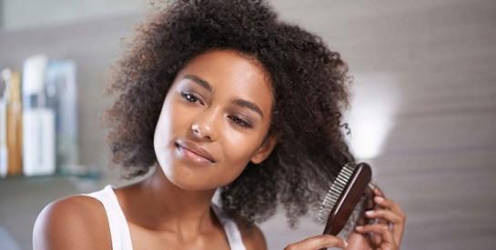 Comment nettoyer et entretenir votre brosse à cheveux ?