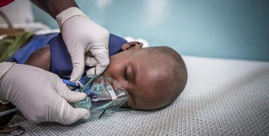 Ces inventions ingénieuses qui sauvent la vie d'enfants ayant désespérément besoin d'oxygène