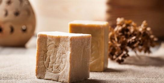 Les bienfaits du savon d'Alep pour lutter contre l'acné