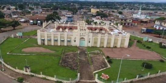 Bienvenue à Bondoukou, ``la ville aux mille mosquées``