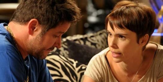 Résumé Avenida Brasil épisode 305-306 : Tifon présente des excuses à Nina et accepte qu'elle épouse Jorginho